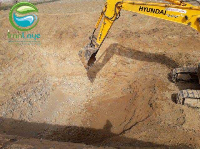 خاک برداری با بیل مکانیکی